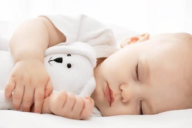 Bé ngủ ngon giấc
