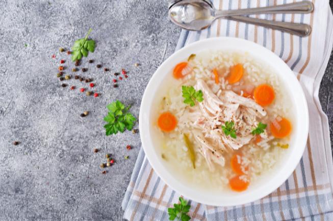 Cách nấu cháo gà hạt sen thơm ngon dinh dưỡng