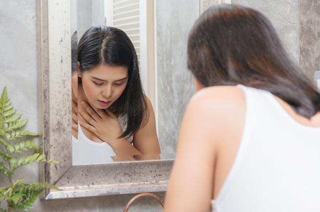 Mang thai bị nôn là biểu hiện đặc trưng nhất của ốm nghén