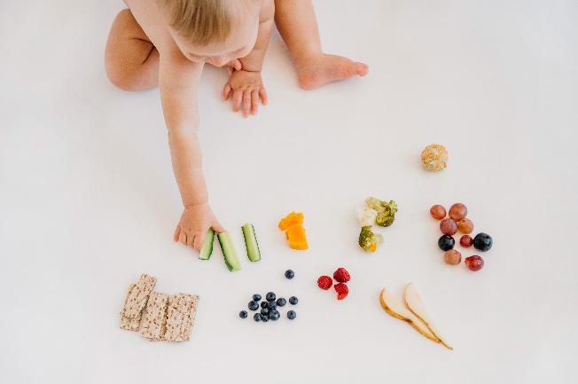 Trẻ 9 tháng tuổi nên ăn dặm mấy bữa?