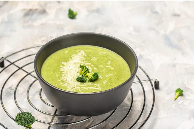 Bột ăn dặm tôm bông cải xanh - nguồn vitamin K và canxi tốt cho xương