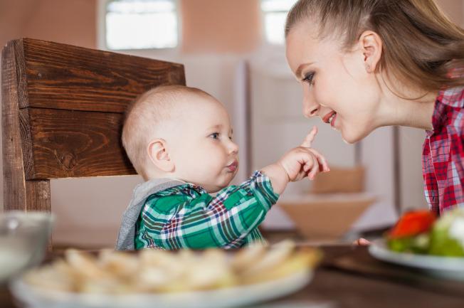 Các sai lầm cùng bột ăn dặm là điều quan trọng mẹ cần rõ