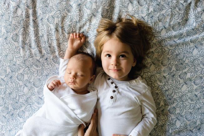 Massage cho bé thường xuyên