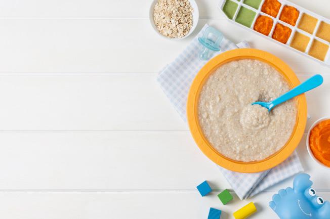 Dinh dưỡng cho bé 1 tuổi mẹ cần lưu tâm