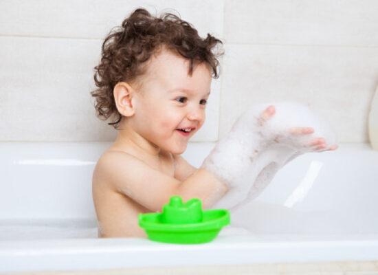 sữa tắm cho bé
