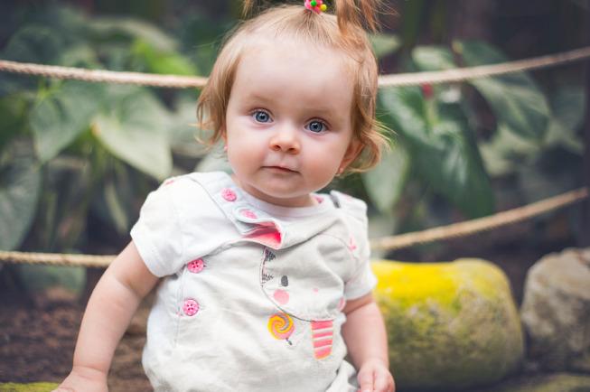 trẻ 11 tháng tuổi