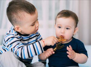 Thực đơn cho bé 7 tháng bị táo bón giúp con tiêu hóa tốt