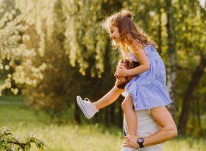 7 hoạt động gắn kết cha con khi mẹ vắng nhà