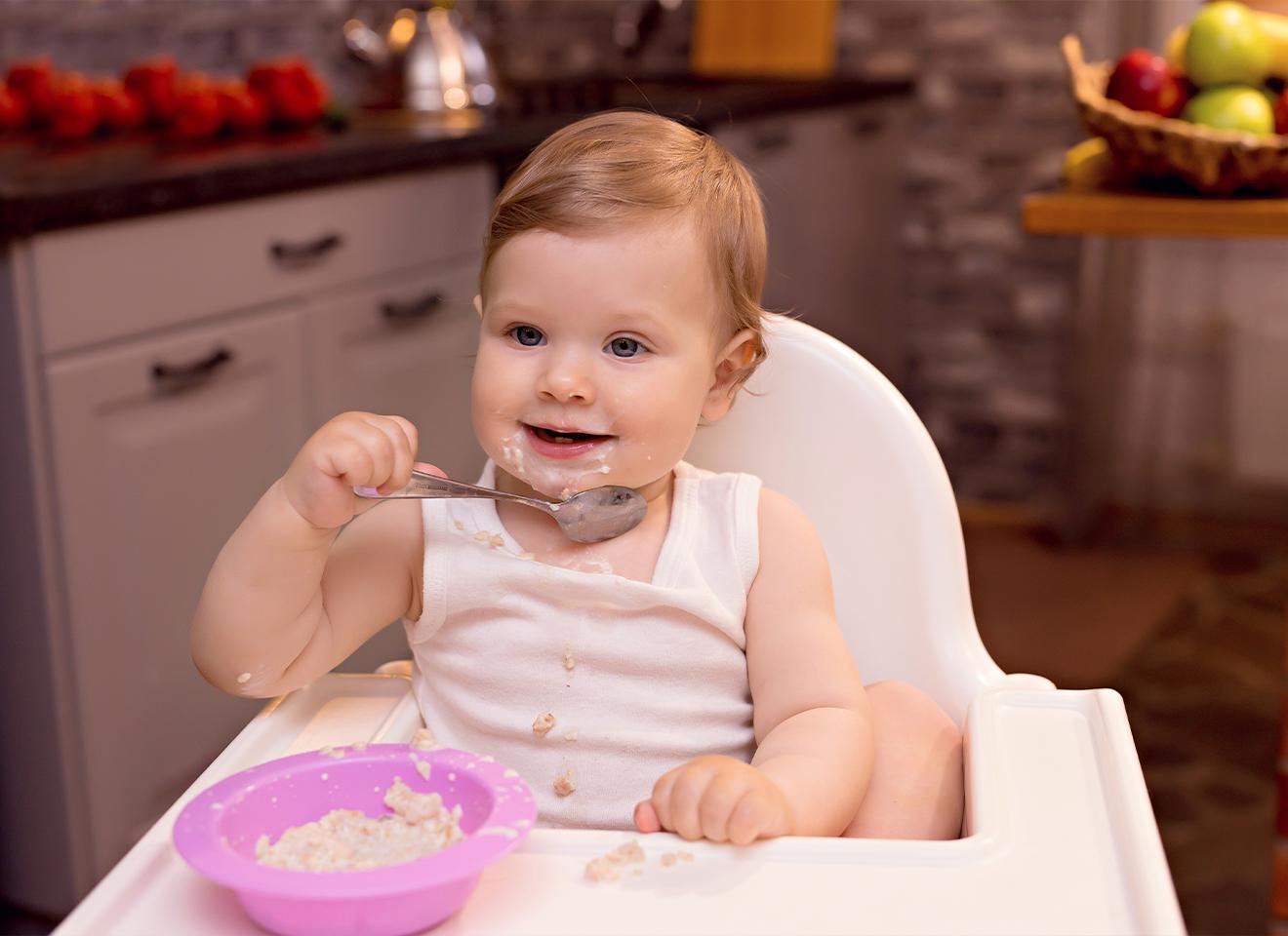 8 điều về bé 10 tháng biết làm gì mà mẹ không thể bỏ qua