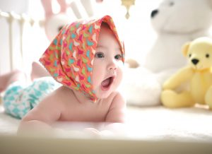 Tại sao bé 4 tháng chưa biết lật? – Giải đáp ĐẦY ĐỦ về bé yêu