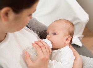 Bé 5 tháng tuổi bú bao nhiêu là đủ: Mẹ Đã Biết Hay Chưa?