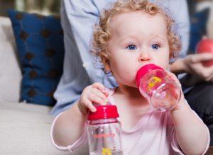 Ưu điểm vượt trội của bình sữa Mamamy cho con