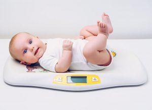 Cân nặng của trẻ sơ sinh và tất tần tật những điều cha mẹ nên biết