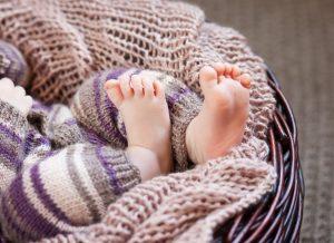 Chăm sóc da bé mùa đông đúng cách để bé luôn khỏe mạnh