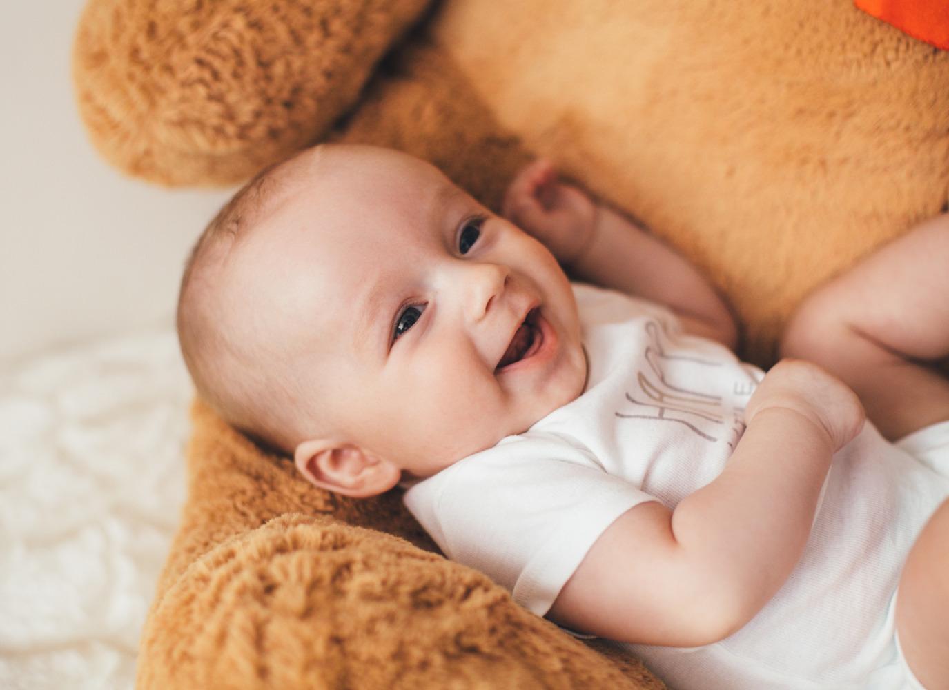 Chăm sóc trẻ sơ sinh 1 tháng tuổi một cách toàn diện