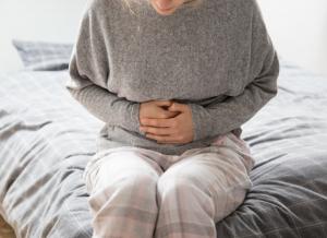 Tất tần tật những điều mẹ cần biết về đau bụng sau sinh