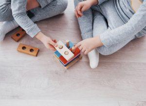 Những hoạt động giúp mẹ dạy trẻ tư duy toán