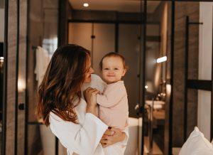 Học cách dưỡng da cho trẻ sơ sinh để bảo vệ con hiệu quả