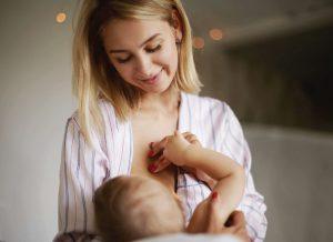 [Giải đáp] Em bé bú sữa đến bao lâu thì cai? TOP 5 cách giúp cai sữa hiệu quả