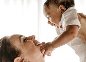 Kỹ năng làm cha mẹ cần hiểu biết những gì để tốt cho bé.