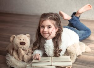 8 nguyên tắc khi dạy kỹ năng sống cho bé gái mẹ buộc phải biết!