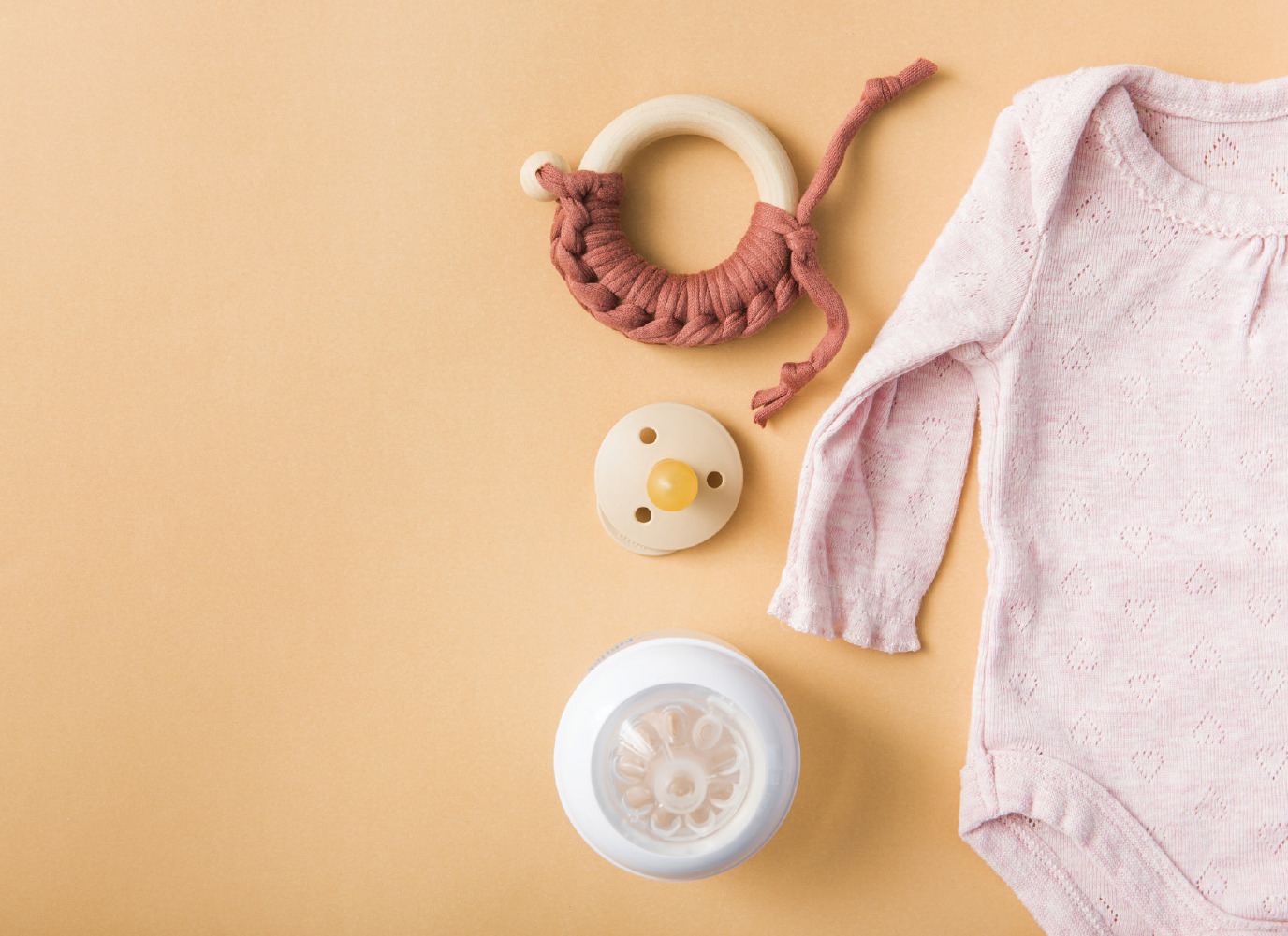 Các tiêu chí lựa chọn núm vú bình sữa an toàn cho bé yêu