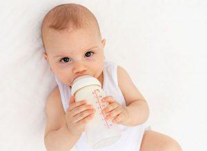 Cách nhận biết nước rửa bình sữa tốt dành cho bé