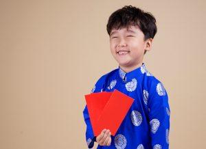 Hướng dẫn cách phối hợp quần áo tết cho bé trai dành cho mẹ
