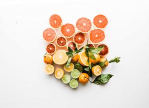 Phụ nữ sau sinh ăn được quả gì? 10 trái cây cho mẹ sau sinh