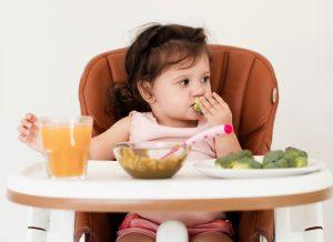 """Thực đơn ăn dặm cho bé 11 tháng tuổi tăng cân """"Vùn vụt"""""""
