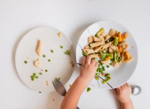 Giới thiệu thực đơn cho bé tập ăn thô tốt cho sức khỏe