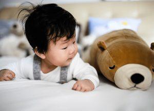 Những điều Mẹ nên biết về sự phát triển của trẻ 5 tháng tuổi