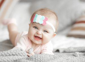 Trẻ bị hôi miệng trong mới tập đi và cách cải thiện hơi thở cho bé yêu