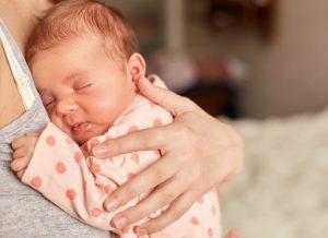 Trẻ bị nhiệt miệng – lưu lại ngay 3 biện pháp điều trị hiệu quả