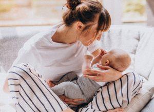 Trẻ sơ sinh bị tiêu chảy- Dấu hiệu mẹ không được bỏ qua