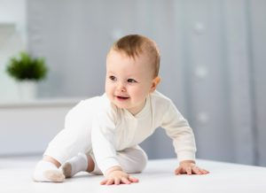 Trò chơi giúp trẻ sơ sinh 4 tháng tuổi phát triển khoẻ mạnh