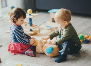Top trò chơi cho các bé dưới 1 tuổi được yêu thích nhất