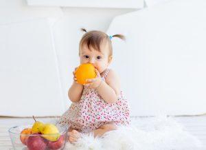 Mẹ cần lưu ý những gì khi dùng Vitamin tổng hợp cho bé 1 tuổi