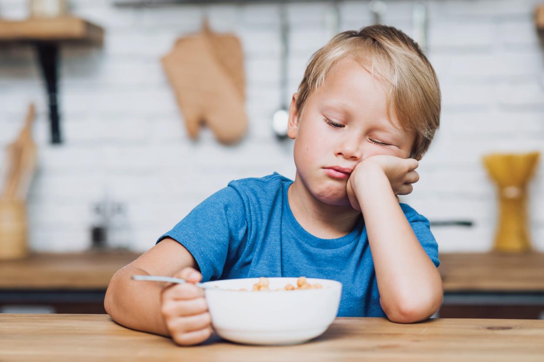 Bé 3 tuổi bị nôn trớ – Những điều mẹ phải biết để tránh nguy hiểm cho bé