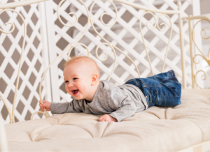 Bé 6 tháng bị tiêu chảy: mẹ không nên chủ quan!