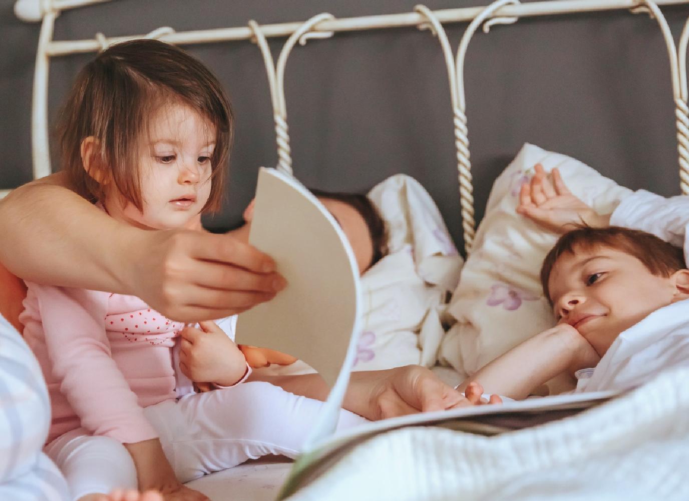 5 phút kể chuyện cho bé mỗi ngày để giúp bé thông minh hơn