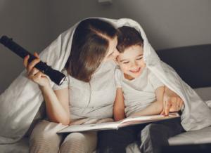 Kể chuyện cho bé ngủ: Phương thức kỳ diệu gắn kết cùng con
