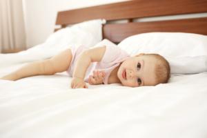 Bỏ túi kiến thức mẹ cần lưu ý về bệnh nấm lưỡi ở trẻ 2 tuổi