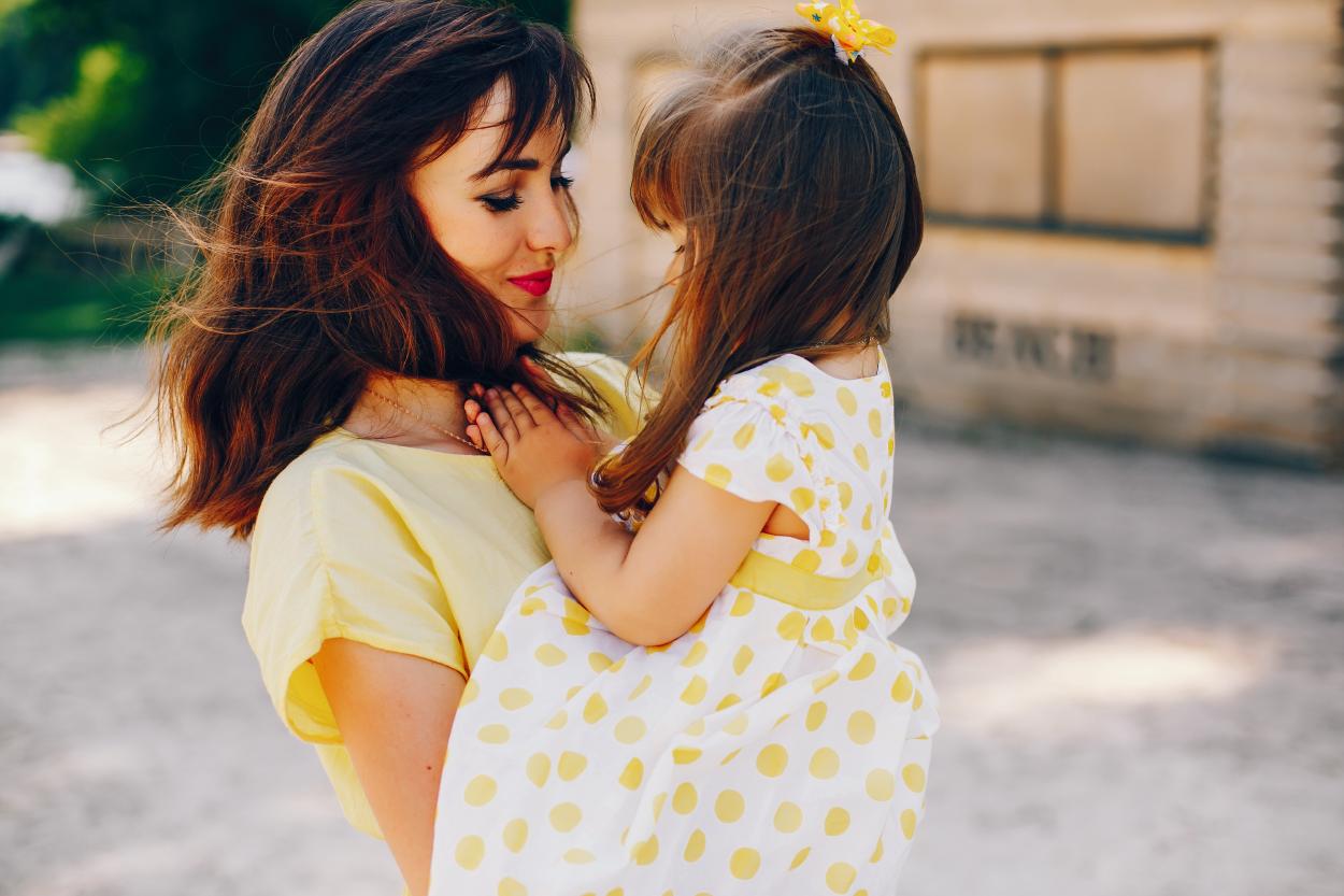 Ngày phụ nữ Việt Nam cùng chia sẻ cách để trở thành người mẹ thông thái