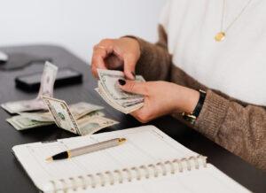 Tiết kiệm tiền mua sắm đồ dùng thường ngày – vấn đề nhiều gia đình loay hoay