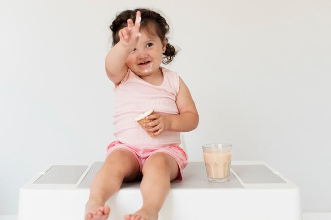 trẻ 10 tháng chưa mọc răng