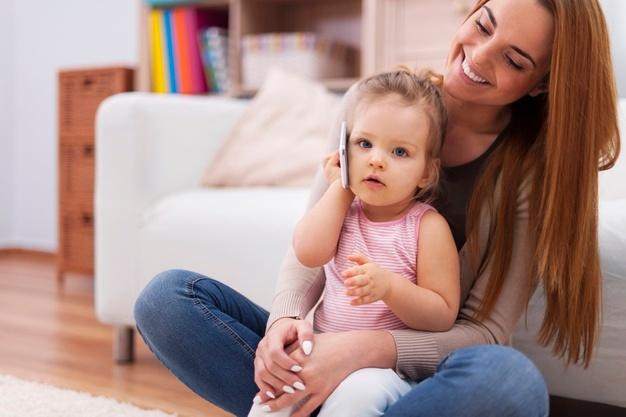 Làm gì khi trẻ 18 tháng chưa biết nói?