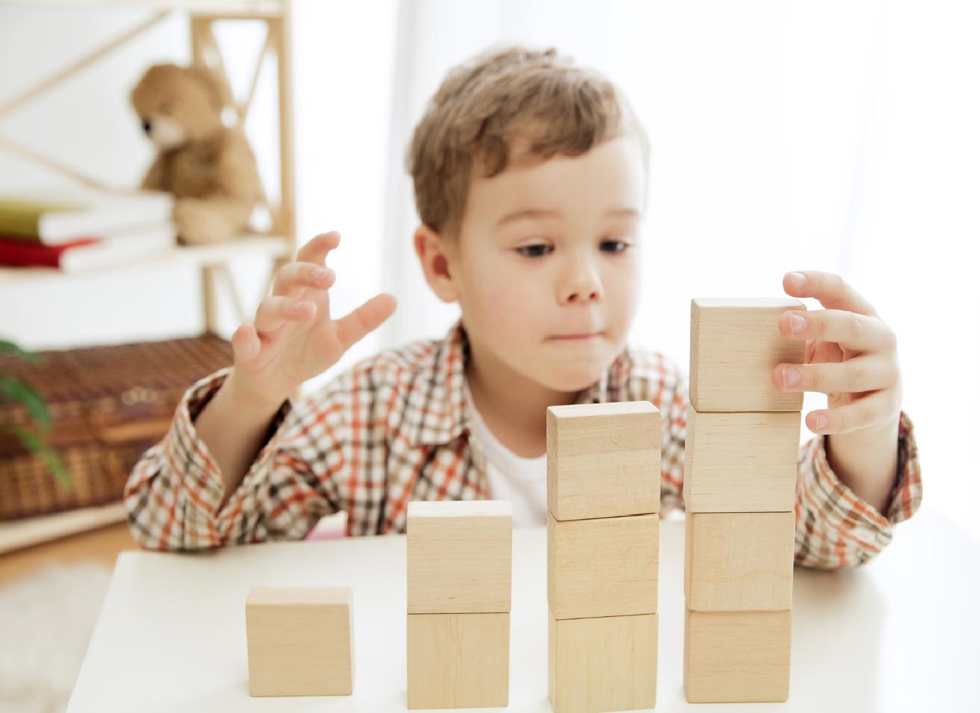 Trẻ 2 tuổi bị vàng da: Dấu hiệu bệnh lý bất thường?