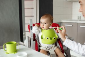 Bỏ túi tất tần tật kiến thức về trẻ 2 tuổi biếng ăn