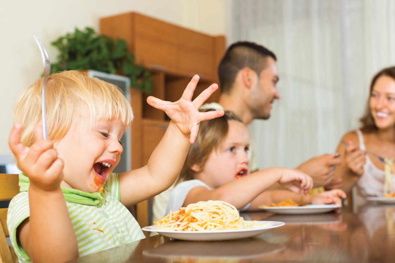 Bé 3 tuổi biếng ăn – Giải pháp cực hiệu quả bé yêu